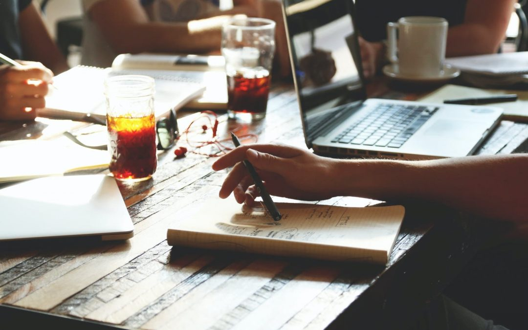 The Pros and Cons of Writers' Groups